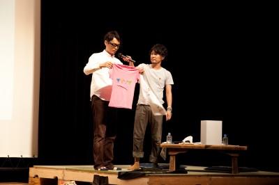 浅沼さんデザインTシャツ